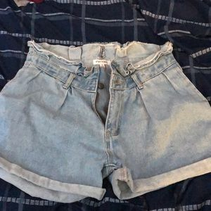 SIZE 7 Stay Chic Paper Bag Denim Shorts